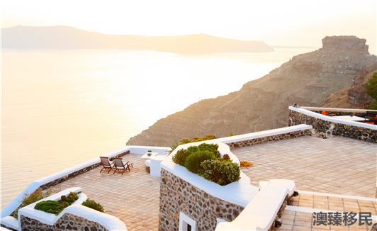 希腊岛屿豪宅需求高买房移民希腊做岛主  (2).jpg