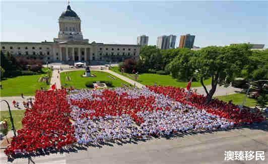 加拿大留学移民费用多少钱 (1).jpg